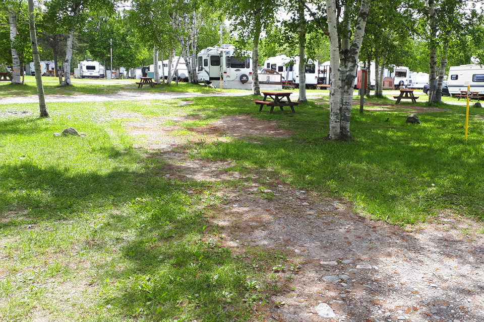 Camping-rayon-soleil-site-14